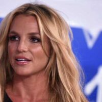 ब्रिटनी स्पीयर्स स्लैम डॉक्यूमेंट्रीज़ ऑन मेड ऑन 'ट्रॉमेटाइजिंग' पास्ट: वे क्रिटिकाइज़ मीडिया एंड डू द सेम थिंग